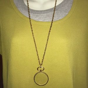 Vintage magnifying glass necklace slightly scuffed